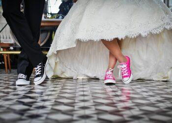 personalized and custom wedding websites